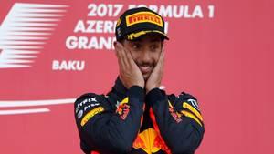 Freudiger Gewinner: Daniel Ricciardo siegte beim achten Rennen der Formel 1 2017
