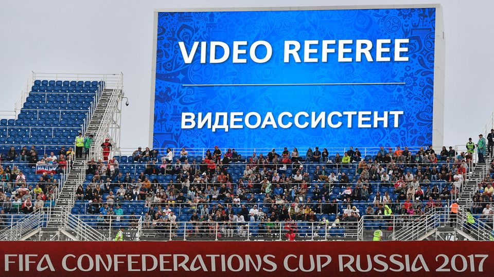 Video-Hinweise und reichlich Platz auf den Rängen - Confed Cup als Blauspause für eine WM nach Fifa-Geschmack