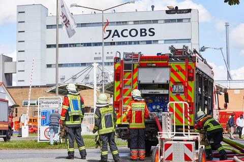 Nachrichten aus Deutschland: Großbrand bei Kaffe-Werk Jacobs in Elmshorn