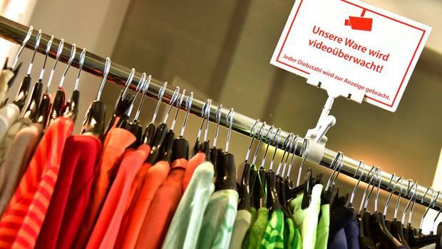 Milliardenschäden durch Ladendiebe und keine Erfolge in Sicht