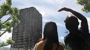 Der Grenfell Tower in London: Vor Kurzem noch Heim, jetzt Mahnmal