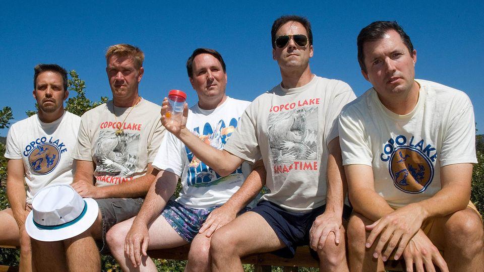 Das sechste Bild der fünf Freunde gemeinsam auf der Veranda, aufgenommen 2007