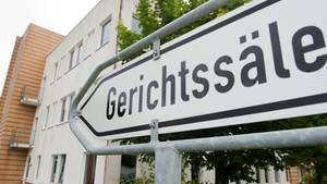 Das Gericht in Schwerin hat einen 41-Jährigen wegen schweren sexuellen Missbrauchs eines Kindes verurteilt (Symbolbild)