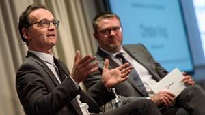 Heiko Maas zum Facebook-Gesetz im Gespräch mit stern-Chefredakteur Christian Krug