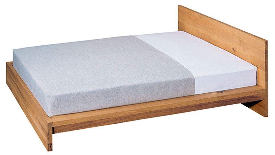 """Das Bett """"Mo"""" der Möbelmarke e15, von dem Ikea abgekupfert haben soll"""