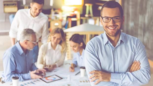 Topverdiener haben oft Führungsverantwortung und arbeiten in großen Unternehmen