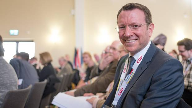 Der CDU-Bundestagsabgeordnete Jan-Marco Luczak ist konservativ und trotzdem - oder deshalb - für die Ehe für alle