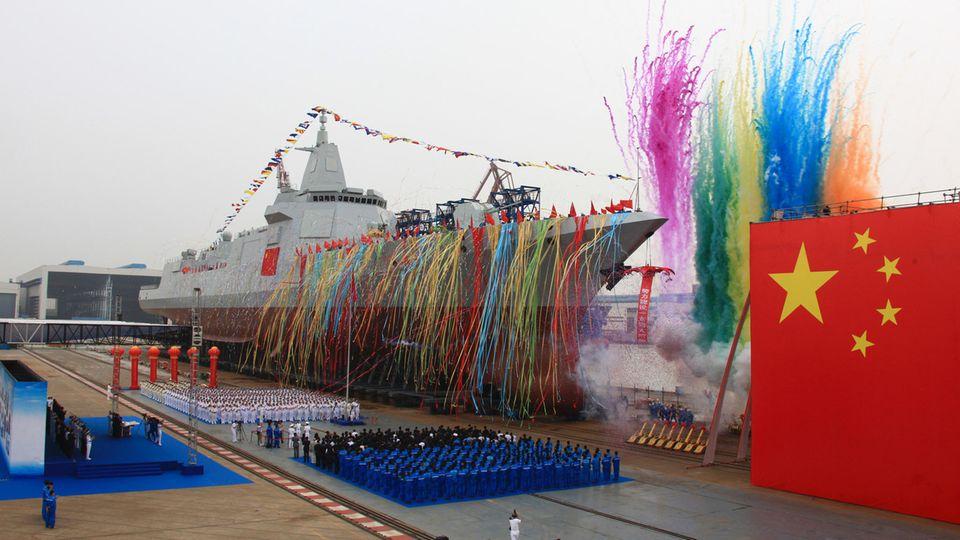 Typ 055: Typ 055 – sind Chinas Raketenzerstörer den US-Schiffen der Arleigh-Burke-Klasse wirklich überlegen?