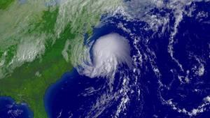 Ein Sturm tobt über dem Bermuda-Dreieick, der zwischen Miami in Florida, San Juan in Puerto Rico und den Bermuda-Inseln liegt