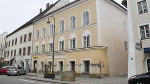 Das Geburtshaus von Adolf Hitler in Braunau am Inn, Österreich.