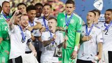 Die deutsche U21-Nationalmannschaft feiert den EM-Titel 2017