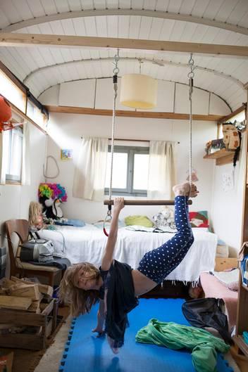 leben im bauwagen die kleine gro e freiheit in der gro stadt nido. Black Bedroom Furniture Sets. Home Design Ideas