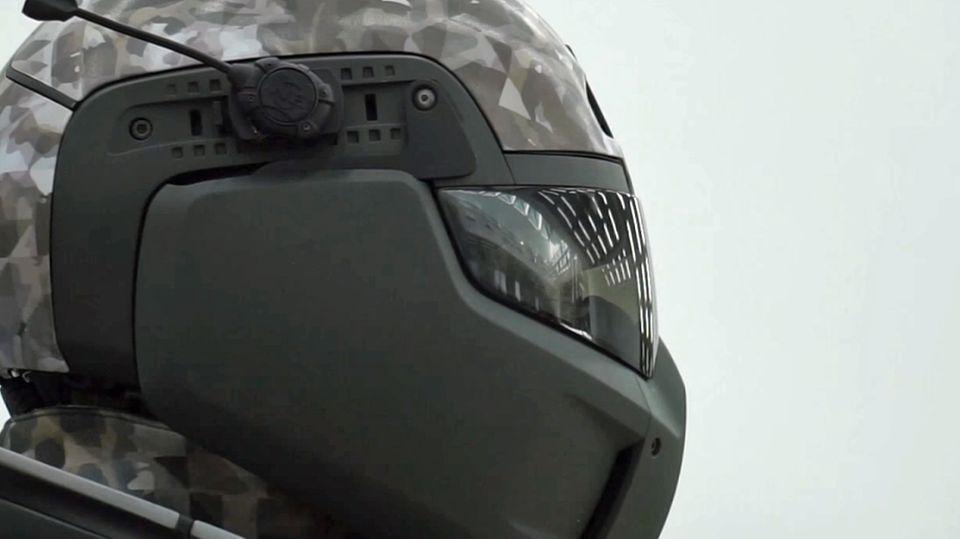 Der Helm soll eine permanente Datenverbindung ermöglichen.