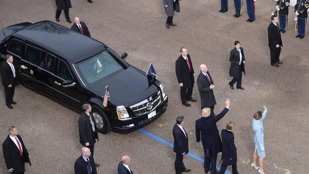 Bei der Amtseinführung wurde Donald Trump noch vom Vorgänger-Modell begleitet.