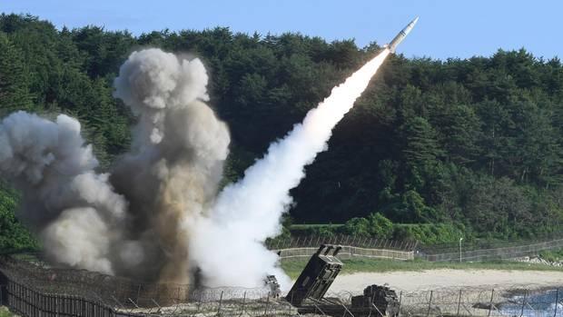 """Nordkorea-Konflikt: Der Abschuss einer Rakete vom Typ """"MGM-140 Army Tactical Missile"""" (Symbolbild)"""