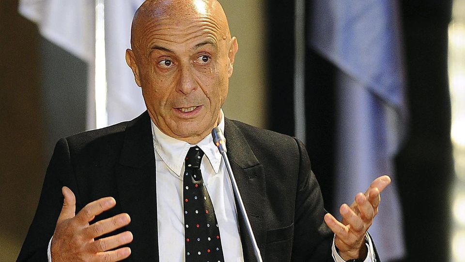 Marco Minniti, Innenminister Italiens