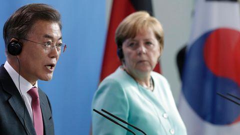 Südkoreas Präsident Moon Jae-in, Bundeskanzlerin Angela Merkel: In Sorge um den Frieden wegen Nordkorea