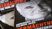 """Helmut Kohl erwirkte, dass das Buch """"Vermächtnis. Die Kohl-Protokolle"""" in dieser Form nicht mehr verbreitet werden durfte"""