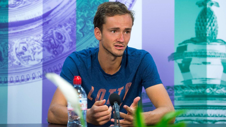 Daniil Medwedew bei einer Pressekonferenz in Wimbledon