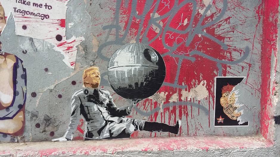 Künstler Hamburg mit todesstern so protestiert ein hamburger künstler gegen