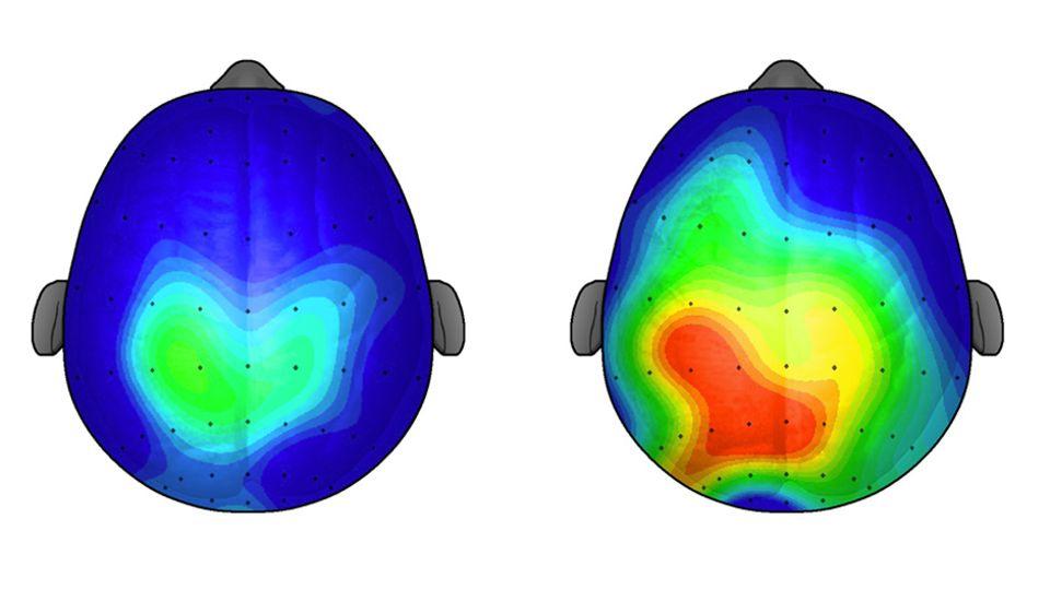 Bewegung bringt das Hirn in Schwung: Die beiden Köpfe zeigen von oben die Aktivität (blau/grün = wenig, gelb/rot = viel) – links nach 20 Minuten Sitzen, rechts nach 20 Minuten Gehen (University of Illinois, 2009)