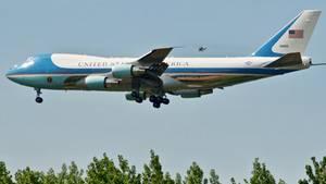 Donald Trumps Ankunft in Hamburg: Suche nach der Air Force One