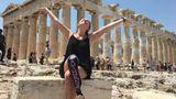 devgal in Athen