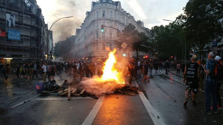 G20-Protest: Die Schanze brennt