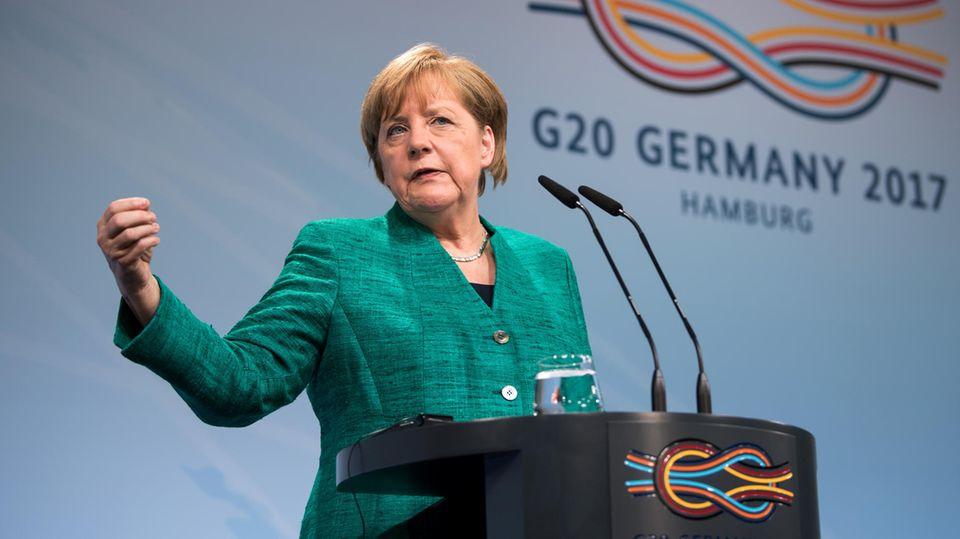 Bundeskanzlerin Angela Merkel bei ihrer Abschlussrede zum G20-Gipfel in Hamburg