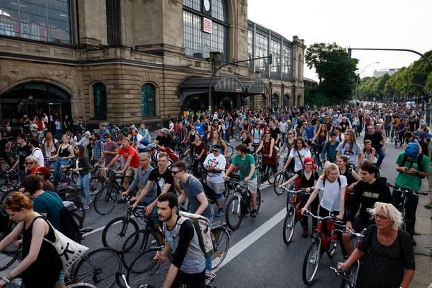 Am Samstag holten sich die Hamburger ihre Stadt zurück - mit dem Fahrrad