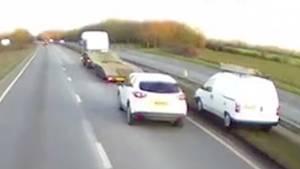 Großbritannien: LKW-Fahrer bremst bewusstlosen PKW-Fahrer ab