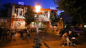 """Das linke Zentrum """"Rote Flora"""" im Hamburger Schanzenviertel soll nach den Krawallen beim G20-Gipfel womöglich geschlossen werden"""