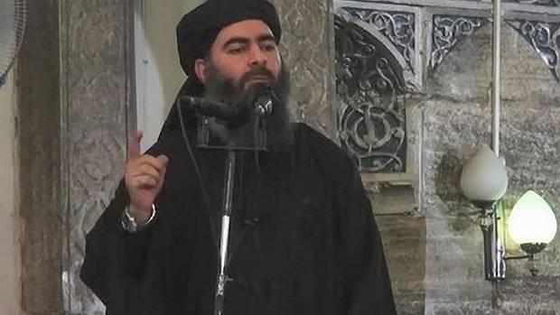 Eine Aufnahme von vom 29.10.2014: IS-Anführer Abu Bakr al-Bagdadi hält eine Ansprache an einem unbekannten Ort