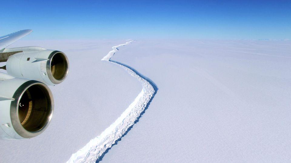 Gigantischer Eisberg von Antarktis gelöst - Anstieg des Meeresspiegels droht