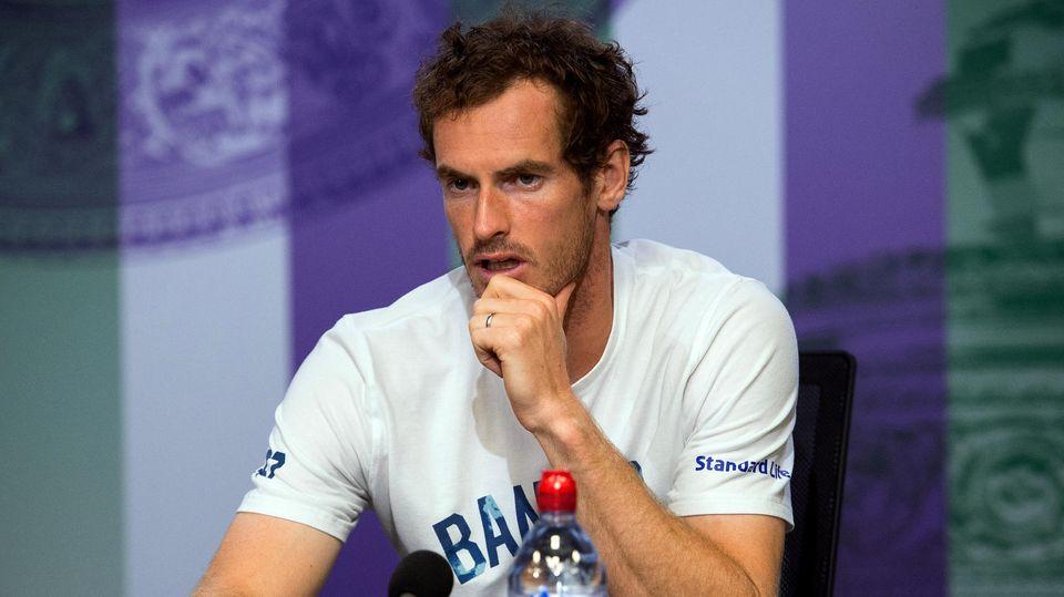 Andy Murray nach seiner Niederlage gegen Sam Querrey beim Tennisturnier in Wimbledon