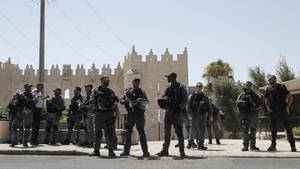 Israelische Sicherheitskräfte sichern die Altstadt von Jerusalem