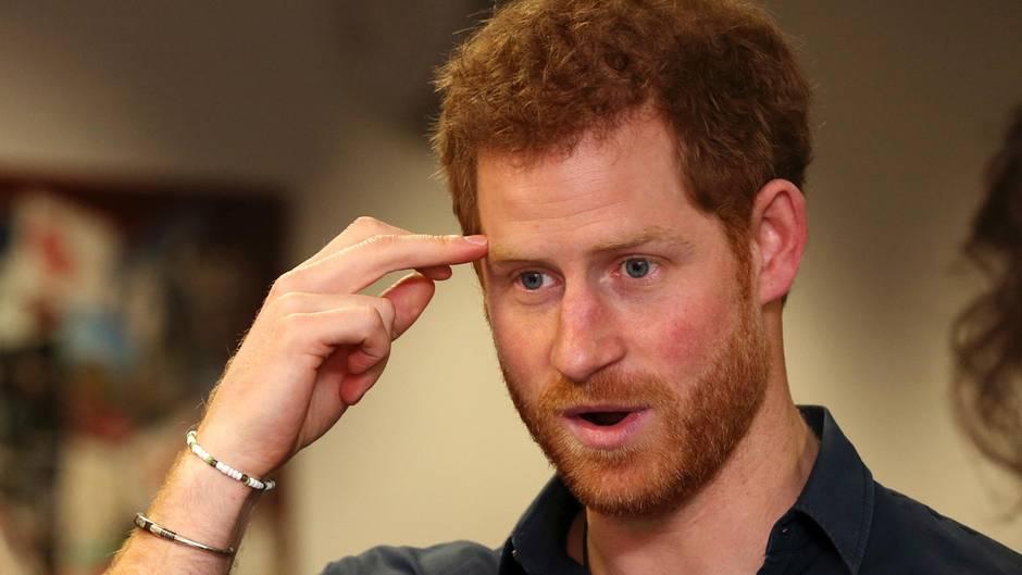 10 Geheimnisse: Wie Prinz Harry die Queen zum Furzen brachte