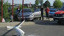 nachrichten deutschland - Der VW Golf ist nach dem wilden Einparkversuch nicht mehr fahrtüchtig