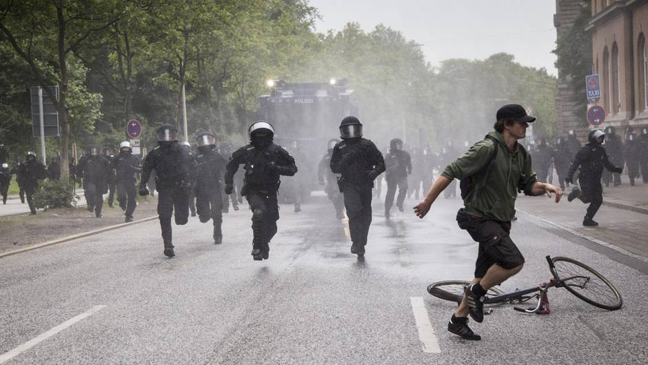Ermittlungsverfahren gegen Polizisten nach G20-Einsatz in Hamburg