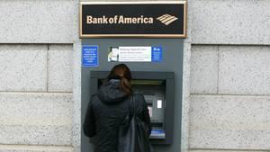 Missliche Lage: Ein Techniker hatte sich versehentlich in den Raum hinter einem Geldautomaten eingesperrt (Symbolbild)
