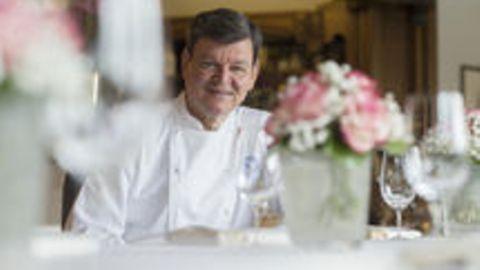 Harald Wohlfahrt, Deutschlands größter Starkoch, darf nicht mehr in seine Küche – jetzt klagt er.