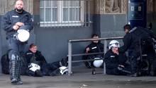 500 verletzte Polizisten? Es waren weniger als die Hälfte