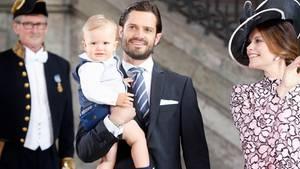 Der kleine Prinz Alexander von Schweden verzaubert die Geburtstagsgäste