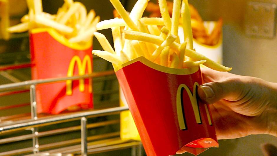 McDonald's Mitarbeiter: Was verdient man beim Fastfood-Konzern?