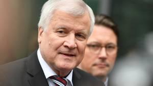 Horst Seehofer und Andreas Scheuer beim CDU/CSU Zukunftsgipfel in München