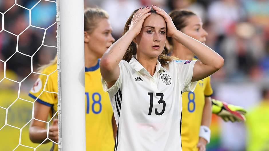 Der achtmalige Europameister Deutschland kam beim Turnierauftakt gegen Schweden nicht über ein torloses Remis hinaus