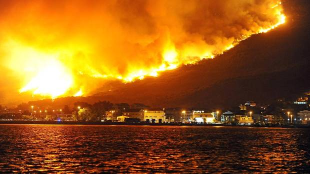 Brände im Urlaubsort Split in Kroatien
