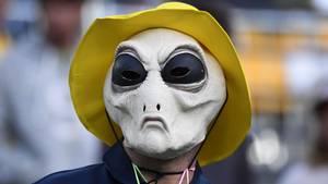 Hello, Mr. Alien! Der US-Forscher Doug Vakoch will Außerirdische aktiv von der Existenz der Menschheit unterrichten.