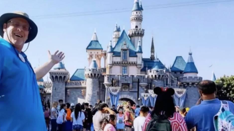 Absurder Rekord: Dieser Mann verbringt jeden Abend im Disneyland - seit über 2000 Tagen