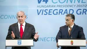 Der israelische Ministerpräsident Benjamin Netanjahu (l.) und der ungarische Ministerpräsident Viktor Orban in Budapest.